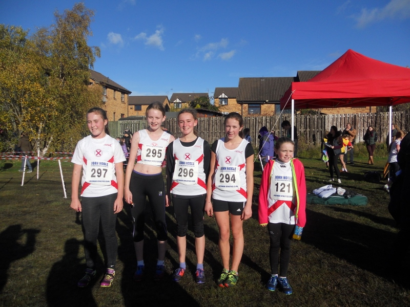 seaforth-girls-at-lasswade-2013-800x600